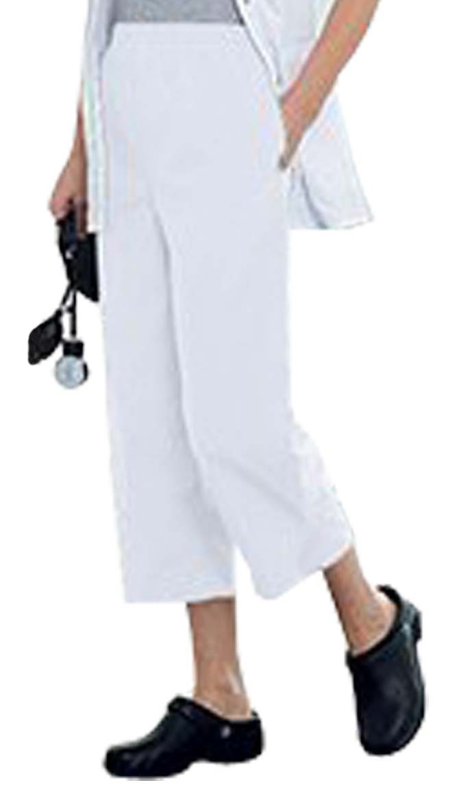 Poplin fabric capri ladies with 2 side pockets with 1 back pocket (inseam is 23 inches)