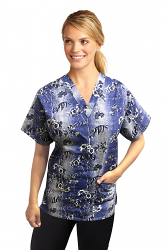 a_Top v neck 2 pocket half sleeve in Blue and white flower Print