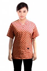 Top v neck 2 pocket half sleeve in Red Square Print