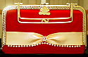 Ladies simple hand purse in red color